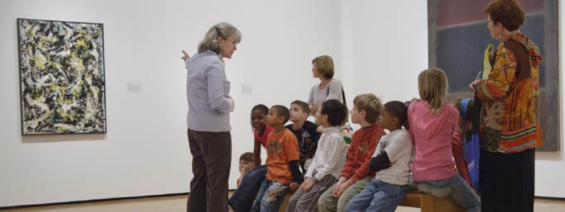Anne Wilson docent at CMA